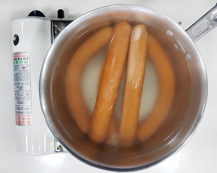 끓는 물에 데치는 캠핑&통그릴 부어스트 이미지