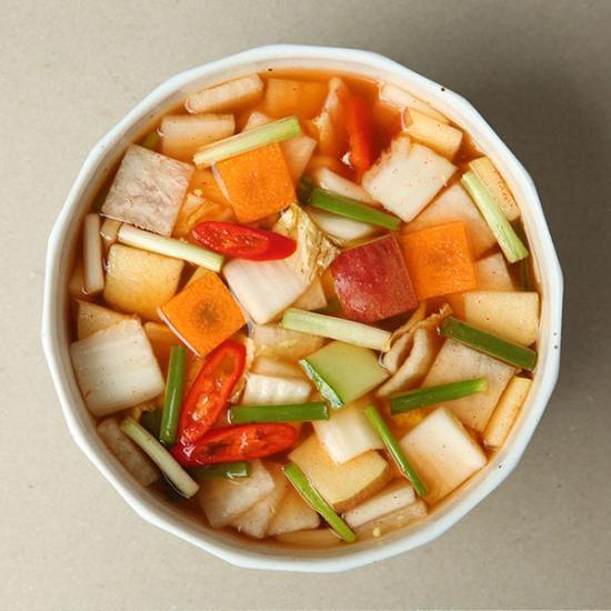 [더반찬]정수(水)나박김치(700g)